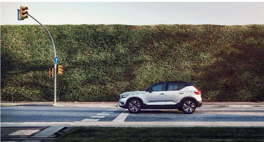 Moto, ciągu pięciu każdy model Volvo wersji elektrycznej - zdjęcie, fotografia