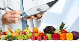 Żeby nie odwodnic organizmu należy jeść owoce i warzywa