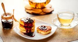 Co powiecie na lekkie śniadanie z placuszkami twarogowymi?
