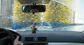 Jazda czystym samochodem to jazda bezpieczniejsza