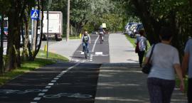 Wyprzedzanie rowerzysty. Pamiętaj o tych zasadach