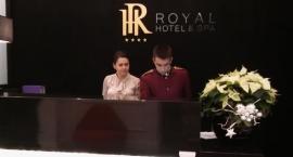 Hotel Royal z pięcioma gwiazdkami i basenem
