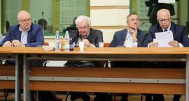 Serbia w Bośni i Hercegowinie czy Serbia w Serbii? Dylematy radnych wojewódzkich