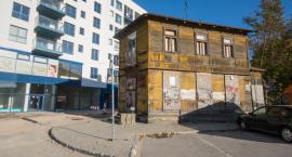 Czy drewniany dom z Mazowieckiej trafi do Muzeum Kultury Ludowej zanim się rozleci?