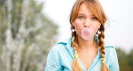 Żucie gumy pomaga zgubić kalorie
