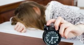 Kolejna kawa nie sprawi, że senność minie. Trzeba poszukać przyczyn zmęczenia