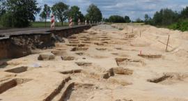 W trakcie budowy drogi odkryto nieznane wcześniej cmentarzysko