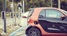 Gdzie w Białymstoku doładować auto elektryczne? Magistrat słabo w tym zorientowany