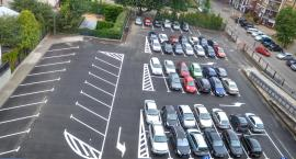 Parking dla mieszkańców stał się parkingiem dla urzędników. Obietnica została złamana
