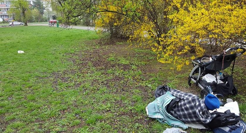 Opieka społeczna, Pomóżmy Józefowi Potrzebne wsparcie mieszkańca Parku Skaryszewskiego - zdjęcie, fotografia