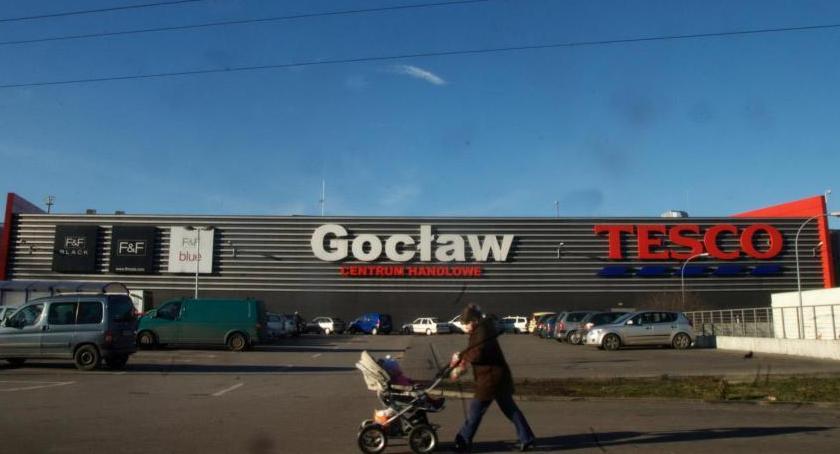 Bezpieczeństwo, Ewakuacja Tesco Gocław! - zdjęcie, fotografia