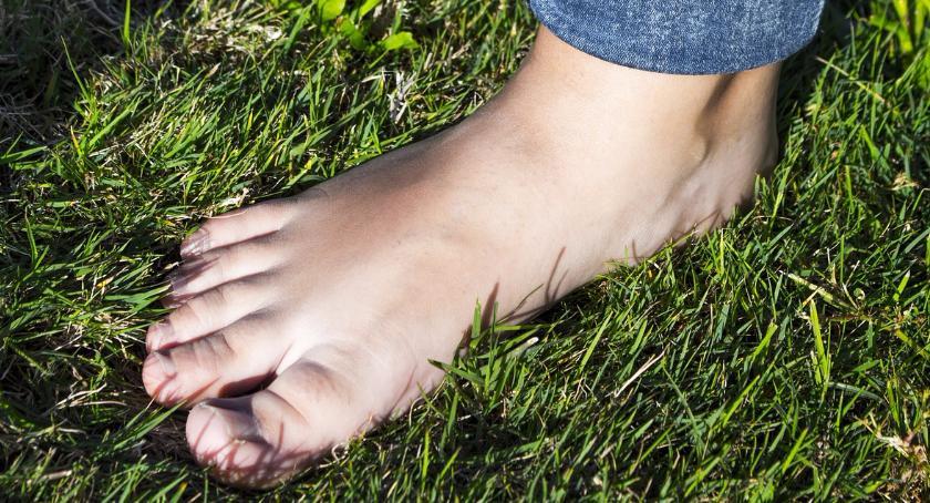 Opieka zdrowotna, ratunek stopom - zdjęcie, fotografia