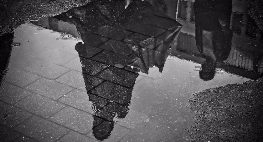 Opieka zdrowotna, Zgubny wpływ braku słońca Polaków - zdjęcie, fotografia