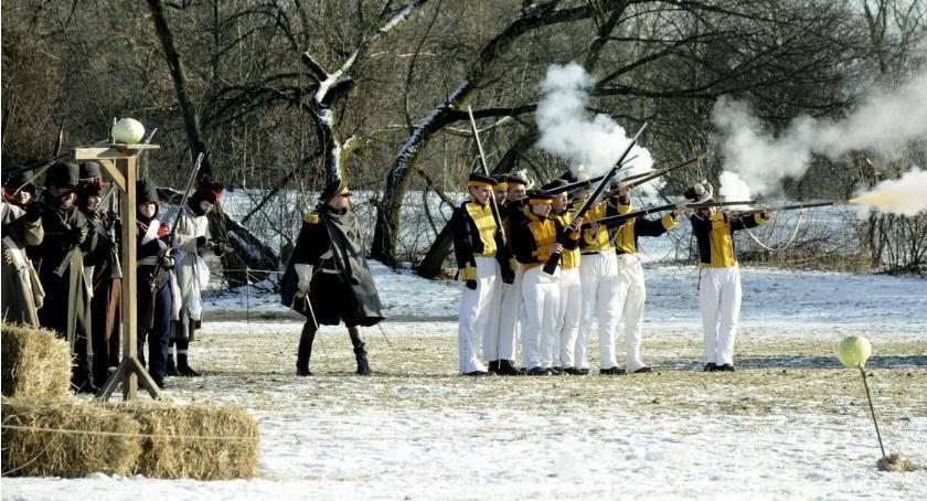 Historia, Inscenizacja bitwy Olszynką Grochowską [ZDJĘCIA] - zdjęcie, fotografia