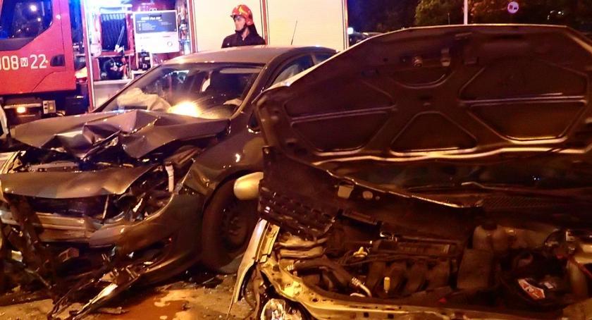 Wypadki, Wypadek skrzyżowaniu Grenadierów Ostrobramskiej [ZDJĘCIA straży] - zdjęcie, fotografia