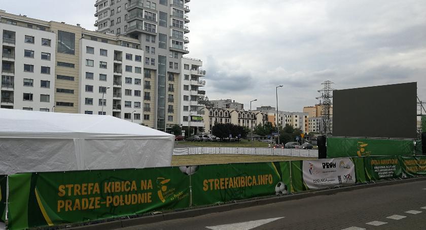 Piłka nożna, Strefa kibica Gocławiu gotowa [ZDJĘCIA] - zdjęcie, fotografia
