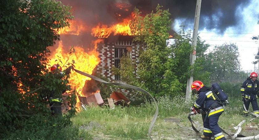 Pożary, Pożar Makowskiej Straż publikuje zdjęcia - zdjęcie, fotografia