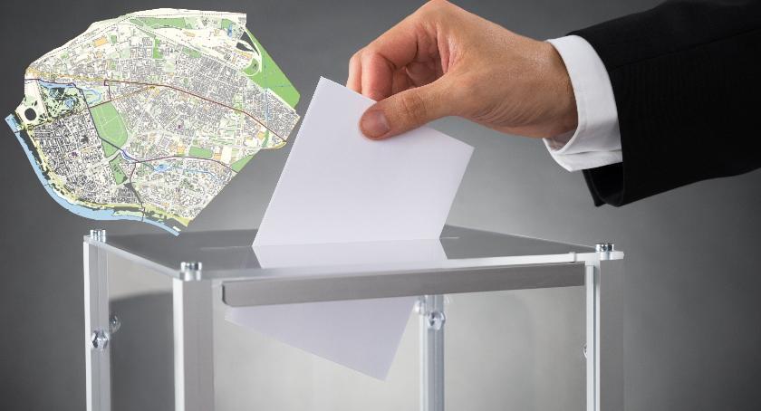 Wybory samorządowe, dopisać rejestru wyborców Pradze Południe - zdjęcie, fotografia