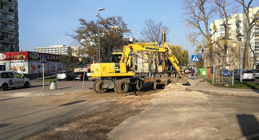 Ulice, Ulica Mlądzka jeszcze skończona rozkopana - zdjęcie, fotografia