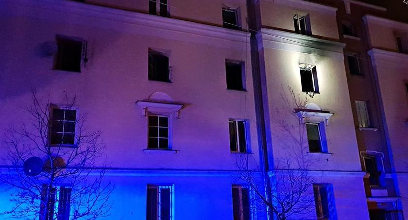 Pożary, Wielki pożar Kobielskiej Kilkanaście osób poszkodowanych - zdjęcie, fotografia