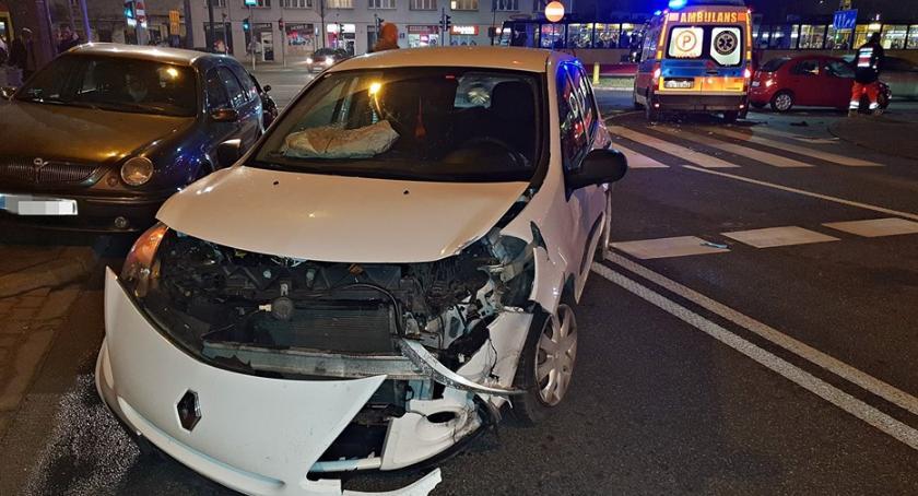 Wypadki, Wypadek skrzyżowaniu Targowej Zamoyskiego [ZDJĘCIA] - zdjęcie, fotografia