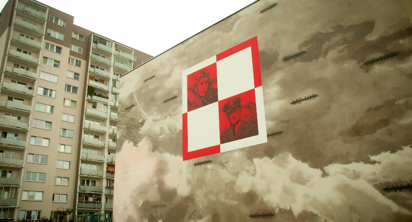 Historia, mural Gocławiu hołdzie polskim lotnikom - zdjęcie, fotografia