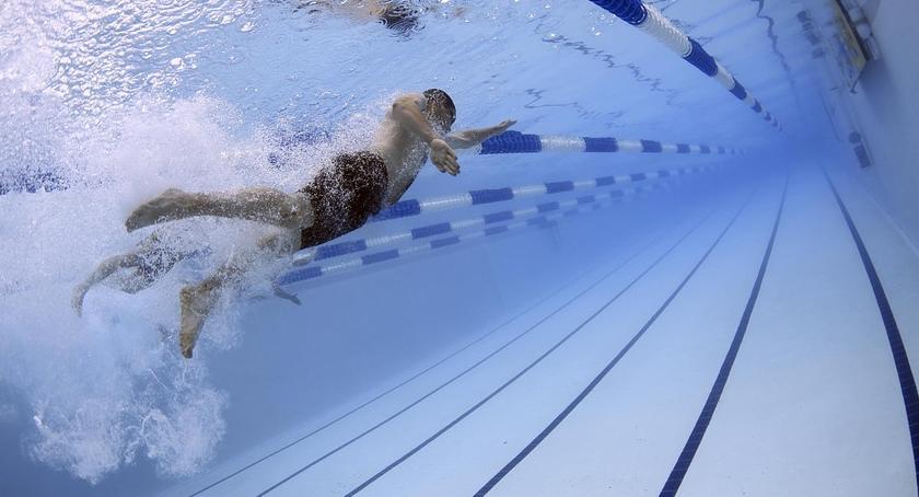 Pływanie, Warszawo świętach lodowisko pływalnie końca bezpłatne - zdjęcie, fotografia