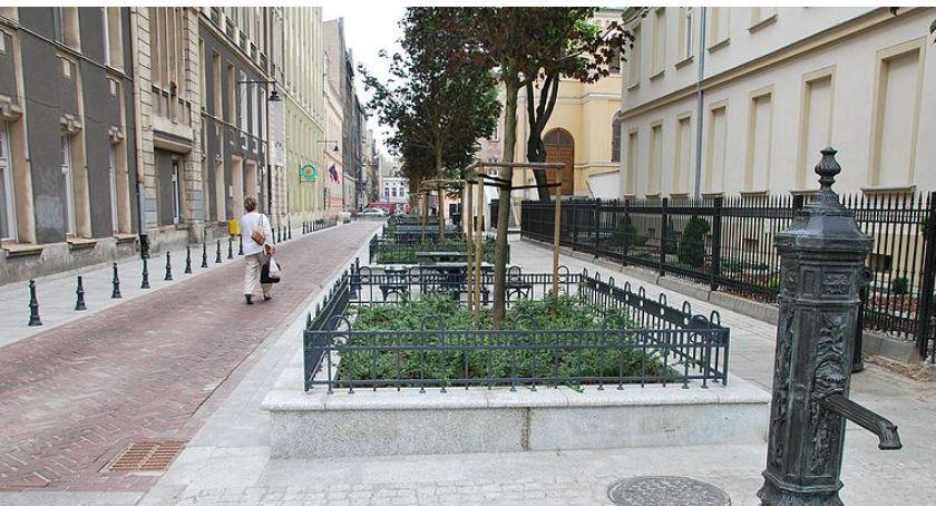 Ulice, Warszawskie woonerfy których planach - zdjęcie, fotografia