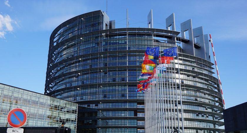 Wybory samorządowe, Wybory Parlamentu Europejskiego gdzie można oddać swój głos - zdjęcie, fotografia