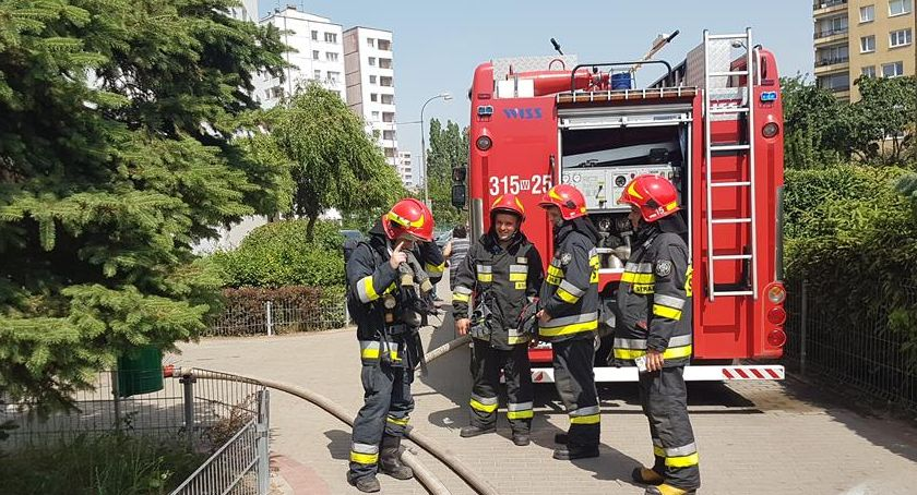 Bezpieczeństwo, Gocław balkonie wybuchła elektryczna hulajnoga - zdjęcie, fotografia