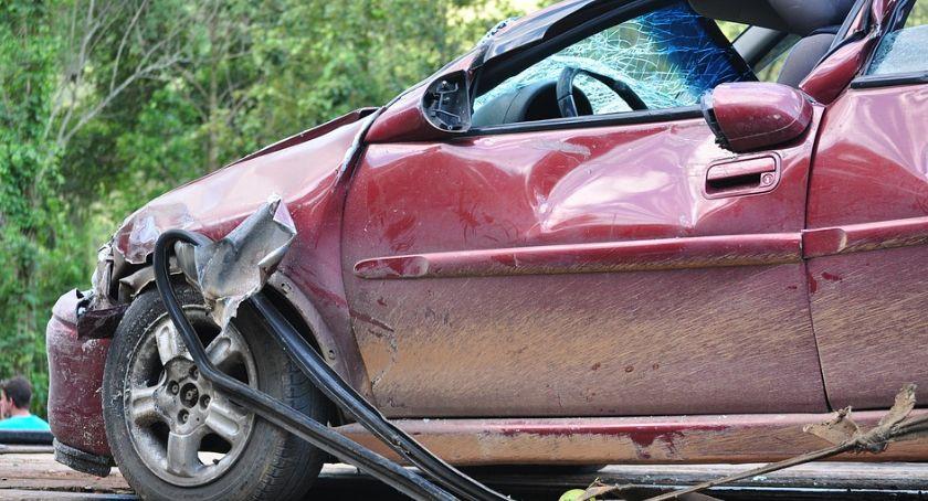 Wypadki, Wypadek Gocławku Kierowca samochodu minuty oddalił miejsca kolizji - zdjęcie, fotografia