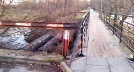 Mostek na Kamionku - szpecący zakątek nad Kanałem