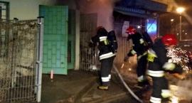 Pożar sklepów na Gocławiu