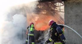 Pożar budynku przy Żupniczej [Relacja strażaków]