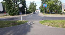 Czy ten wjazd na drogę rowerową przy ul Rodziewiczówny jest bezpieczny?