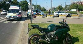 Zderzenie motocykla z BMW na Rondzie Waszyngtona. Zdjęcia straży miejskiej