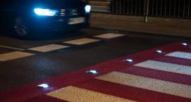 Wypadek na przejściu dla pieszych na Grochowskiej. Czy nowe instalacje zdają egzamin?