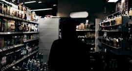 Zostawił otwarty sklep i wyszedł, bo nie podobały mu się godziny pracy