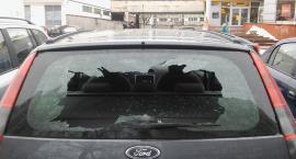 Zniszczyli kilkanaście samochodów. Byli pijani