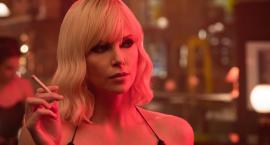 Projekcja filmu Atomic Blonde w plenerze