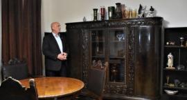 Władze dzielnicy Praga Południe wykupiły kultową szafę z