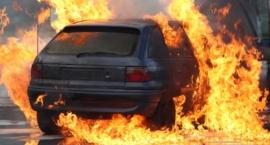 Pożar Audi na Wale Miedzeszyńskim przy Fieldorfa
