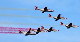Samoloty sił powietrznych Polski i innych państw NATO przeleciały nad Warszawą