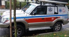 Okradli ambulans na Grochowie. Właściciel zwraca się do złodziei