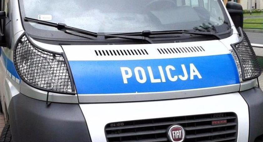 Policja, Kolejny pijany kierownicą Miał prawie promile przyjechał alkohol - zdjęcie, fotografia