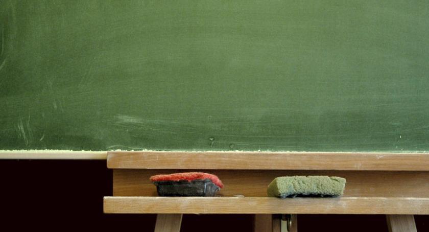 Masowych zwolnień nauczycieli w Szczecinku nie będzie