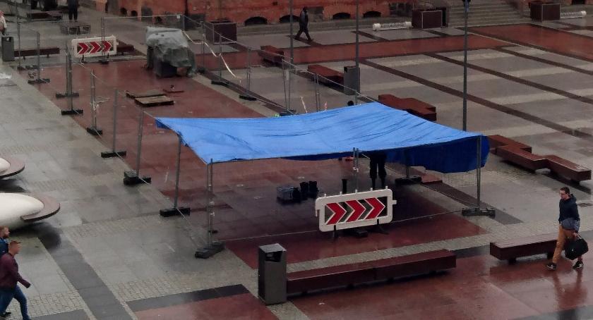 Fontanna na placu Wolności w naprawie. Uda się?