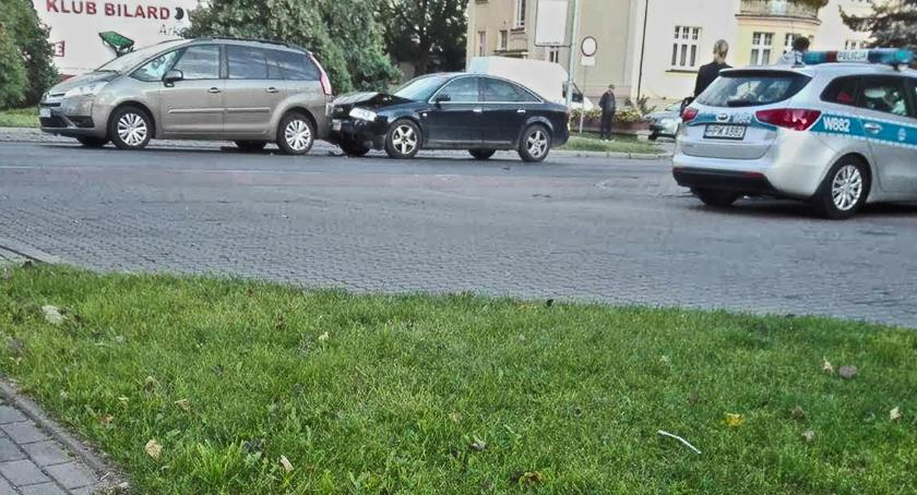Wypadki drogowe , Citroena Znów Lutego - zdjęcie, fotografia