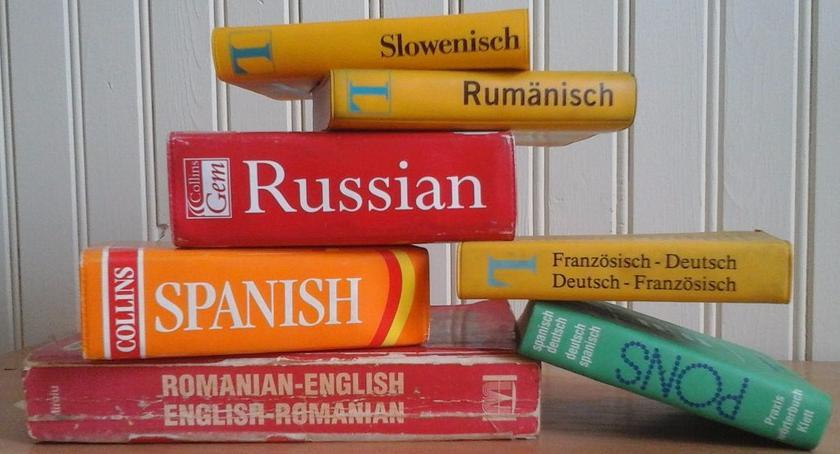 Porady, znajomość języka obcego gwarantuje znalezienie pracy - zdjęcie, fotografia