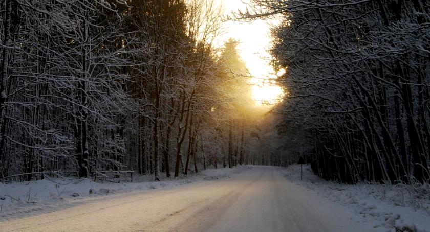 Aktualności, odśnieży część dróg powiatowych Chętni widziani - zdjęcie, fotografia